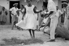 Dançando diante dos tocadores