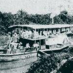 """Foto (1901). Vapor """"Carlos Coelho"""" navegando pelo rio Itapicuru. Fonte: Revista do Norte, via: Blog Iba Mendes: Fotos antigas de cidades do Maranhão."""